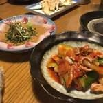 九州黒太鼓 - ゴマぶり、もつピリ辛