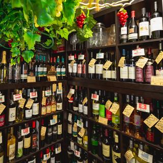 世界のレアワイン専門店併設でもちろん持ち込みOK!