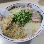 寿楽ラーメン - 一番お高いの「チャーシュー麺」(850円)をいただきました。