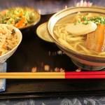 今帰仁の駅 そ~れ - 料理写真:ソーキそばとジューシー