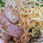 118510647 - 麺とチャーシュー