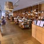 Books&Cafe - 店内
