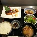さば銀 - 秋鮭西京焼き定食