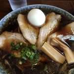 鶴亀 - 料理写真:ラーメン、チャーシュー
