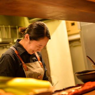 料理は女性スタッフが1名で対応*一品一品真心込めて作ります!