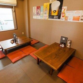居心地の良い店内には、お集まりにも便利なお座敷の個室もご用意