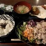 おばんざい鉢屋 - 日替わり(900円)