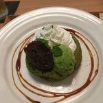 木と水と土と - 宇治抹茶パンケーキ1,050円(税別)