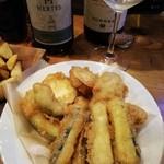 イルザッカヤ - 白ボトルワイン、野菜のフリット