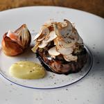国産牛フィレ肉のポワレ 土佐酢とトリュフのソース