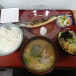 江戸家 - さんま焼き定食750円