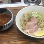 忍八 - つけ麺