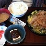 11858267 - 山菜とろろ定食1200円(写真逆向きです。)