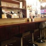 マルかつ食堂 - カウンター席