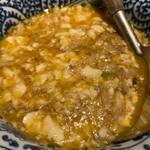 Kuronekoyoru - 蟹味噌、蟹身のくずし豆腐煮込み