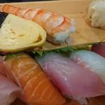 丸善水産 - お寿司盛り合わせ