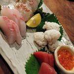居酒屋 ※米屋 - 造り(鱧、中トロ、カンパチ、真鯛)盛り合わせ