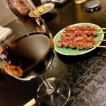 118597840 - 赤ワイン&砂ずり。