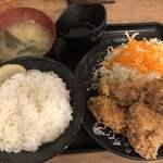 伝説のすた丼屋 - 鬼盛りすたみな唐揚げ定食 8個