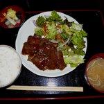 肉丸精肉店 - 牛カルビ焼肉定食