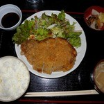 肉丸精肉店 - 豚ロースチーズカツ