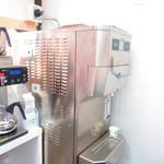 118607397 - ソフトクリームマシンは、カルビジャーニ社製【2019年10月】