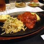 吉松亭 - 馬肉ハンバーグ(トマトチーズ)