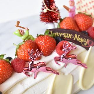 10月19日(土)より、クリスマスケーキの予約受付開始★