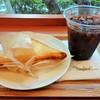 ポッポカフェ - 料理写真:三角チーズサンド・アイスコーヒー