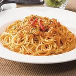 ズワイ蟹のトマトクリームスパゲティ