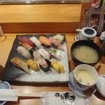 魚力海鮮寿司 - 特盛り海鮮握り1,200円 あさり汁+茶碗蒸し付き