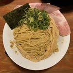 頑固麺 -  鰹香る 王道魚介白湯つけ麺(1日15食限定) 1,100円 (冷盛)