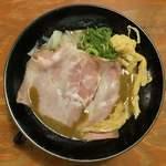 頑固麺 - 濃厚醤油とりとんこつ 850円