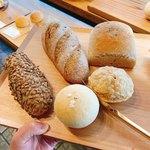 118634473 - 購入したパンたち
