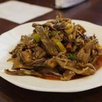 中国旬菜 茶馬燕 - 傣族炒蕉花肉(バナナの蕾と豚肉のトゥアナオ炒め)