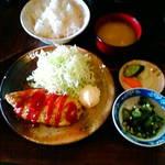 もつ焼き 克  - 昼定食 オムレツ定食
