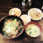 もつ焼き 克  - 昼定食 ネギトロ丼定食