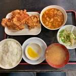 118649810 - ザンギ定食B 930円