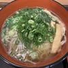 Uerokuan - 料理写真:黄いそば 360円 ネギ大盛 40円