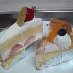 11867713 - 苺のショートケーキ  ベイクドチーズケーキ