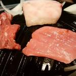 118685704 - いい香り♬キレイな肉色ジンギスカン