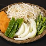 東京ジンギスカン - 野菜もたっぷりと
