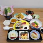 ともしげ - 会席料理:4200円