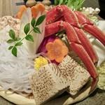 118701802 - 豪華生ズワイ蟹の水炊き鍋