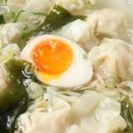 金陵一絶 王氏湯包 - 蝦ワンタンスープ