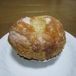 スー・フランシュ - 小豆とさつまいものデニッシュ  ¥180