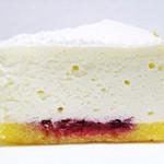 デリチュース  - 白いチーズケーキ。