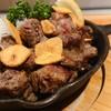 鉄板焼き 桂 - 料理写真:国産牛サイコロステーキ、もちろん鉄板焼き