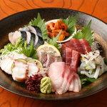 煌味家 - 毎日豊洲から届く活魚を肴に、日本酒や焼酎など。