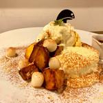 カフェ パンプルムゥス - お芋のティラミスパンケーキ